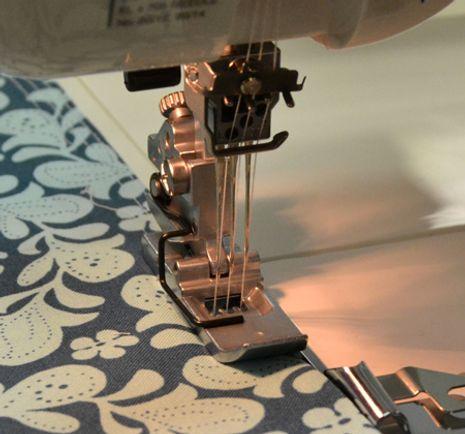 Pied guide couture réglable Janome